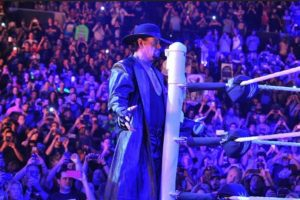 El Enterrador se encuentra trabajando en su hogar. Foto:WWE