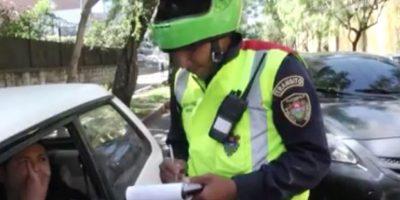 Autoridades municipales y de tránsito reaccionan ante críticas de abuso de autoridad