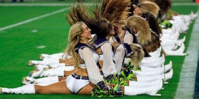 Los Seahawks presumen de tener a las porristas más bellas de LA NFL. Foto:AFP