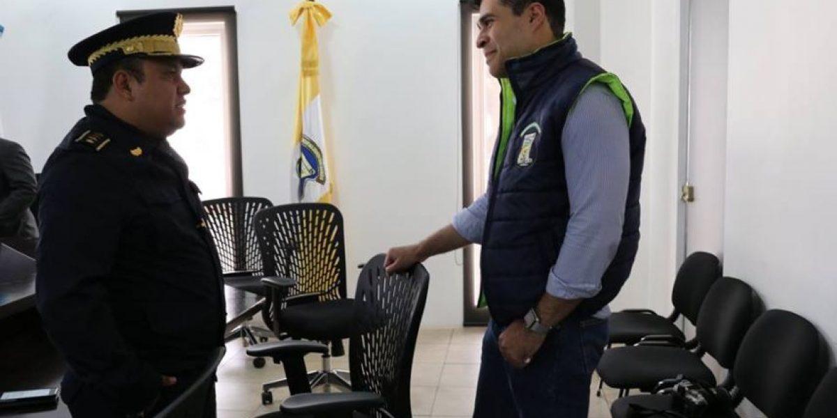 """Alcalde de Mixco ofrece rebajas a los vecinos """"morosos"""""""