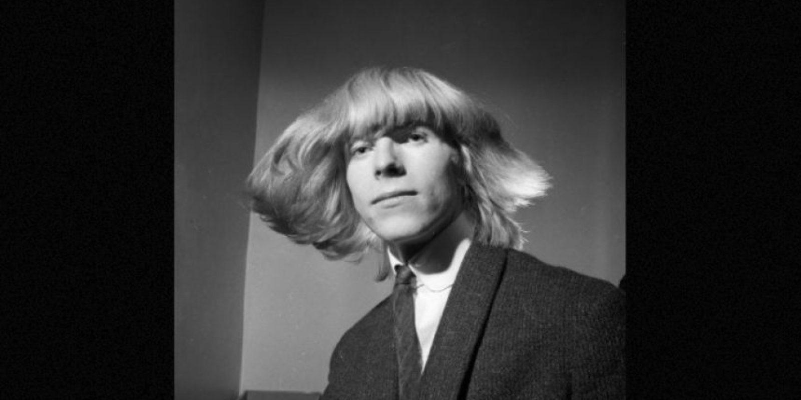 Estos fueron los cambios de look de David Bowie a través de los años. Aquí en 1965 Foto:Getty Images