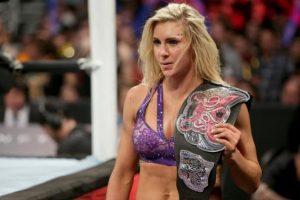 Charlotte conservó el Campeonato de las Divas Foto:WWE
