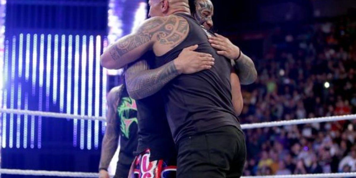 Video: Así fue el electrizante regreso de La Roca a WWE