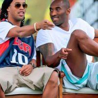 Con el basquetbolista Kobe Bryant Foto:Vía instagram