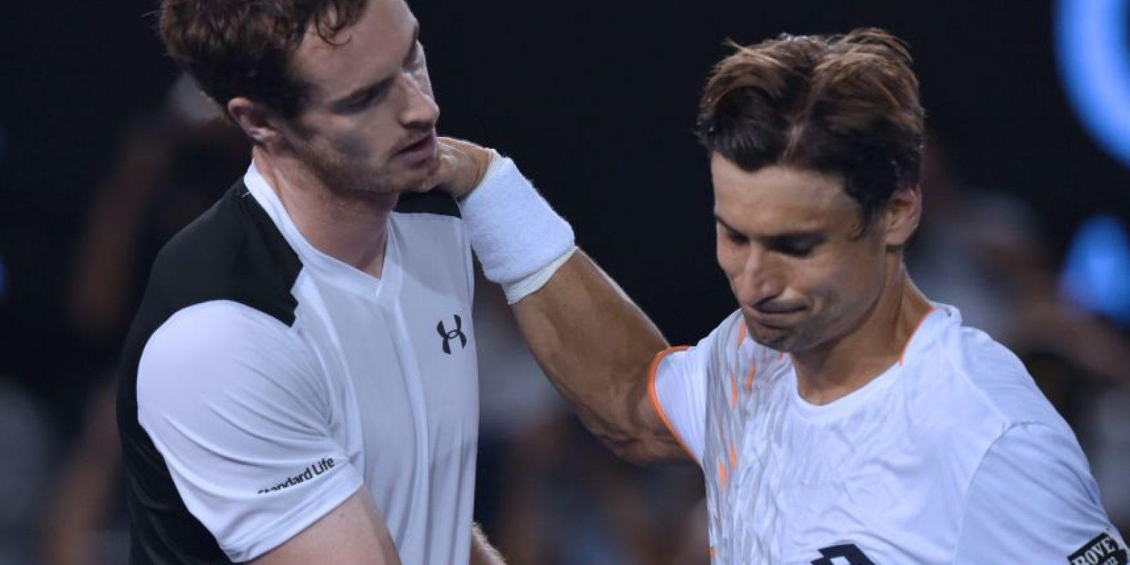 Murray saluda a Ferrer tras finalizado el partido. Foto:AFP