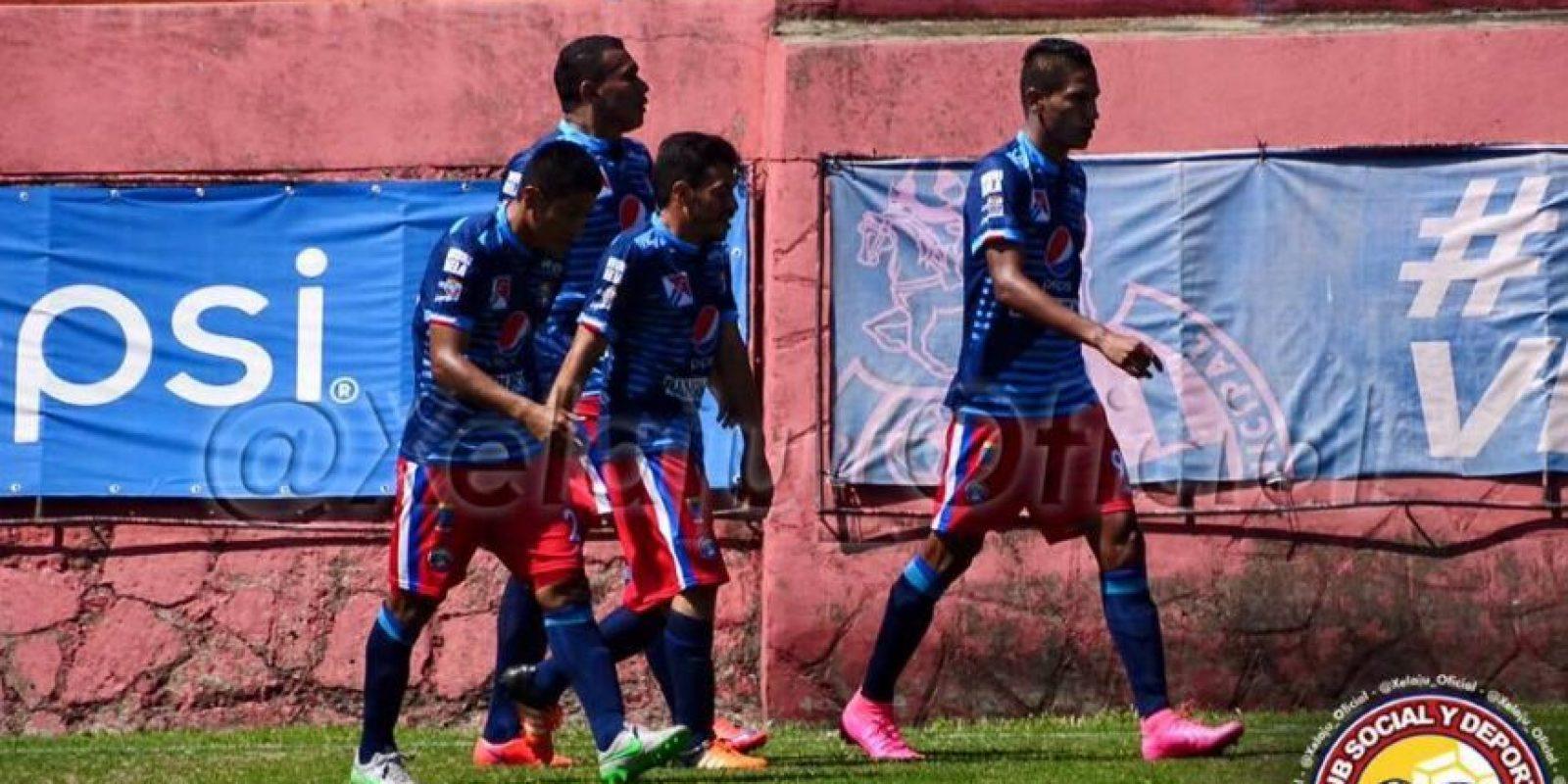 Celebración de la primera anotación del juego. Foto:Xelajú Oficial