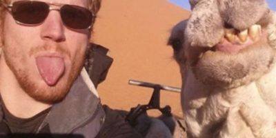 Con un camello amigable. Foto:Vía Instagram.com