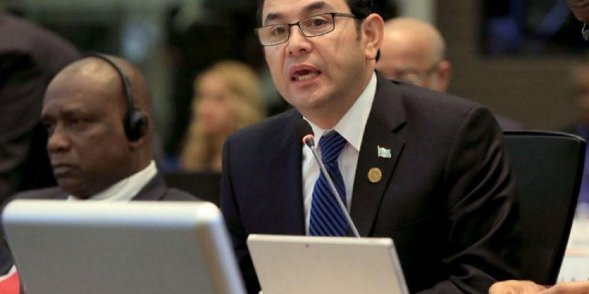 Venezuela ofrece apoyo médico al presidente Jimmy Morales