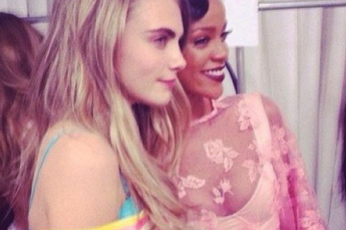 Cara y Rhianna asistieron a la MET Gala 2014, ahí tocaron su derrière Foto:Instagram