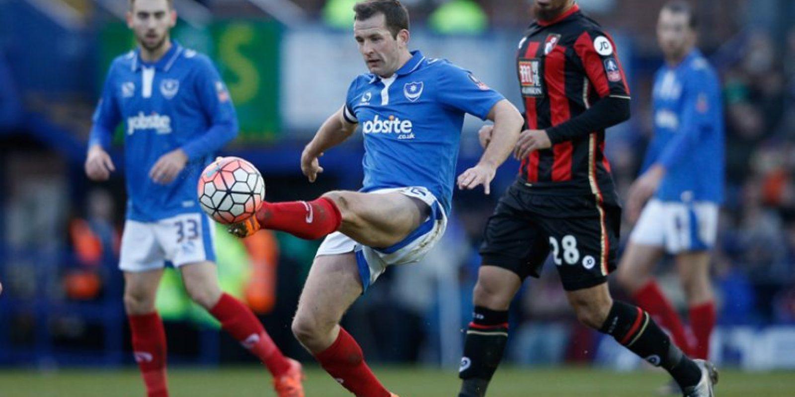 Acción del partido entre Portsmouth y Bournemouth. Foto:AFP