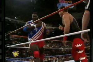"""Enfrentó en su primera pelea a Jerry """"The King"""" Lawler Foto:WWE"""