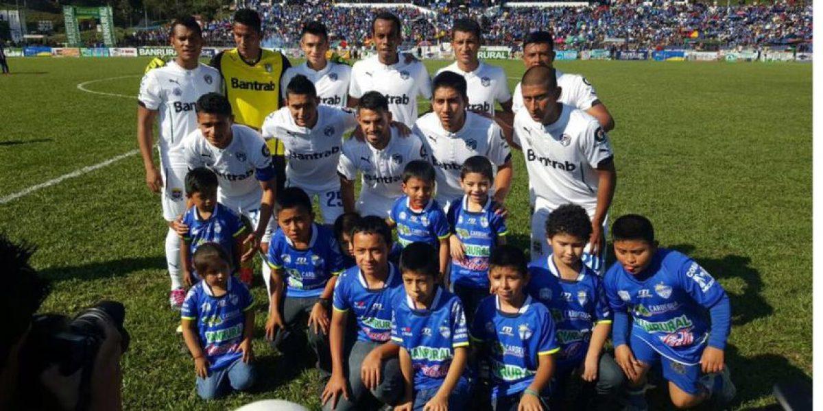 Resultado del partido Cobán Imperial vs. Comunicaciones, Torneo Clausura 2016