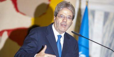 El ministro de Relaciones Exteriores de Italia, Paolo Gentiloni, durante un discurso. Foto:AFP
