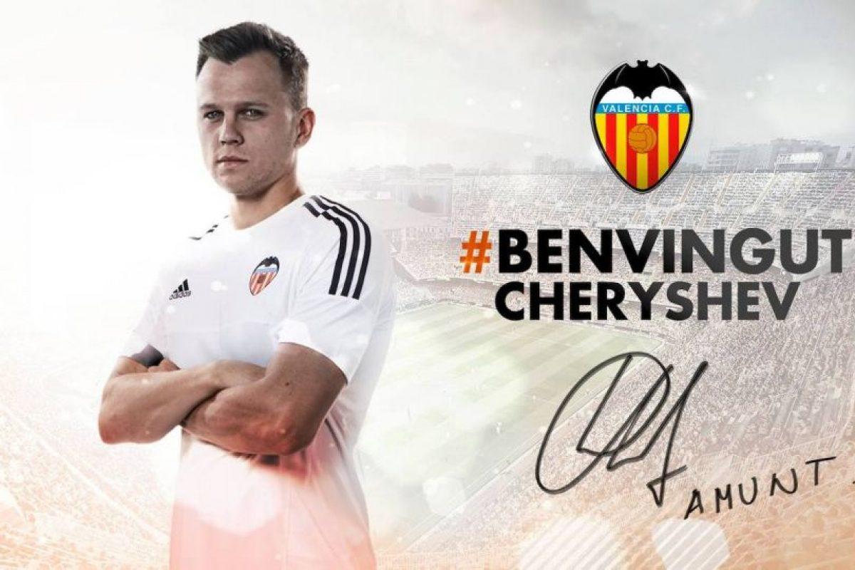 Llega al Valencia en calidad de préstamo, cedido por el Real Madrid. Foto:Vía facebook.com/ValenciaCF