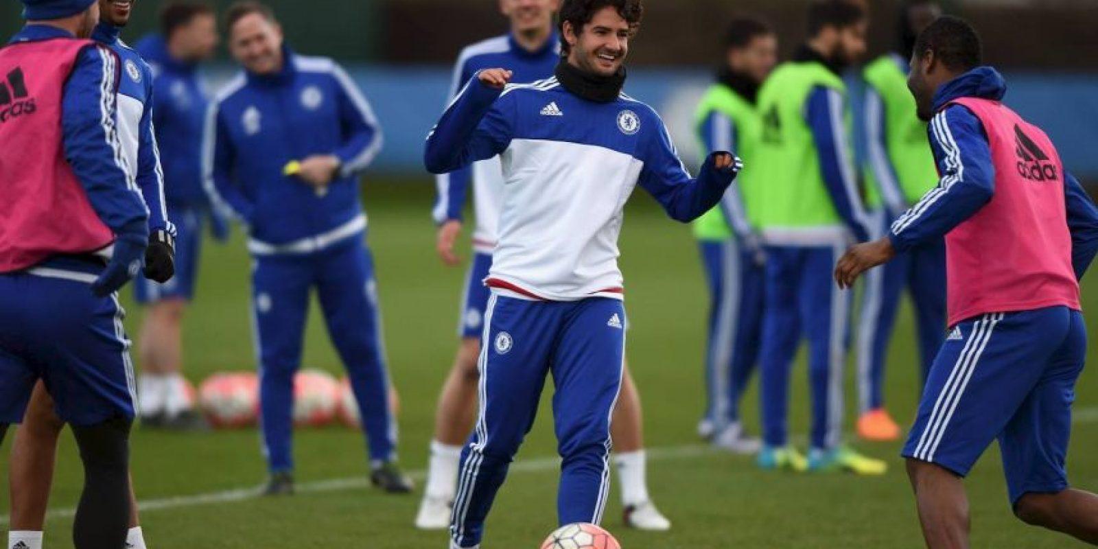 El brasileño regresó al fútbol europeo con un préstamo del Corinthians al Chelsea. Foto:Vía facebook.com/ChelseaFC