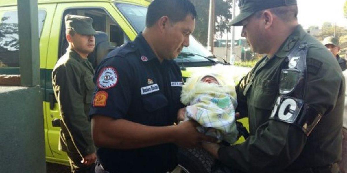 Soldados localizan a bebé abandonado durante un patrullaje