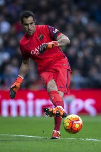 PORTERO: Claudio Bravo (Barcelona) Foto: Getty Images
