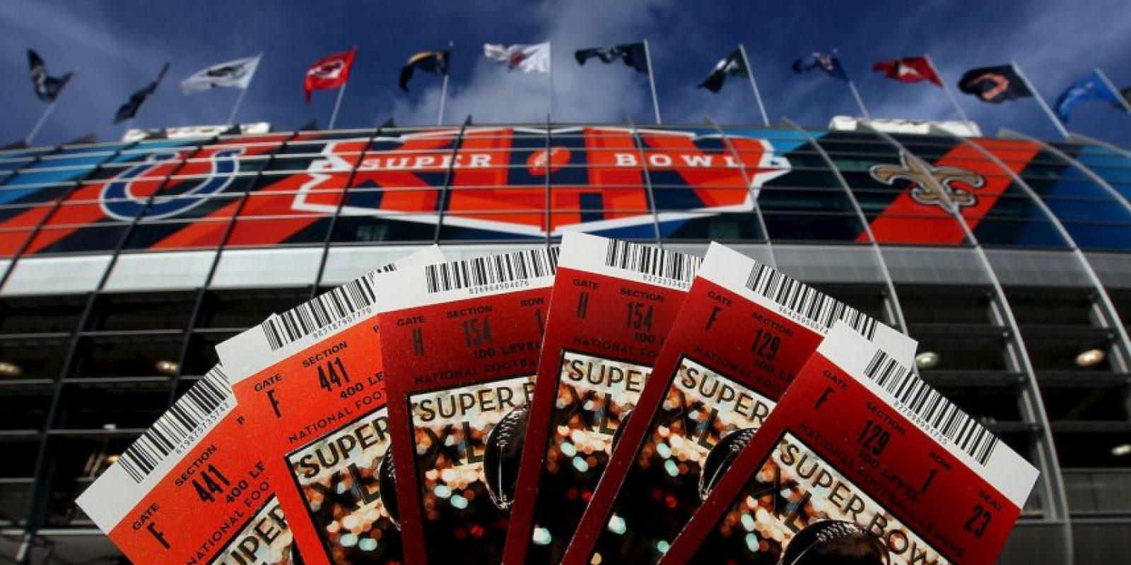 Un par de boletos en palcos se vendió en 12 mil 100 dólares, el precio más alto en la historia de esta final. Foto:Getty Images
