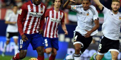 Jackson se apresta a rematar en un partido de la Liga Española. Foto:AFP