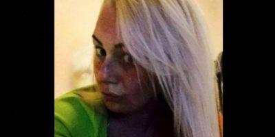 2. Natasha Boden, se tomó un selfie y descubrió una figura extraña en su foto. Foto:Reddit