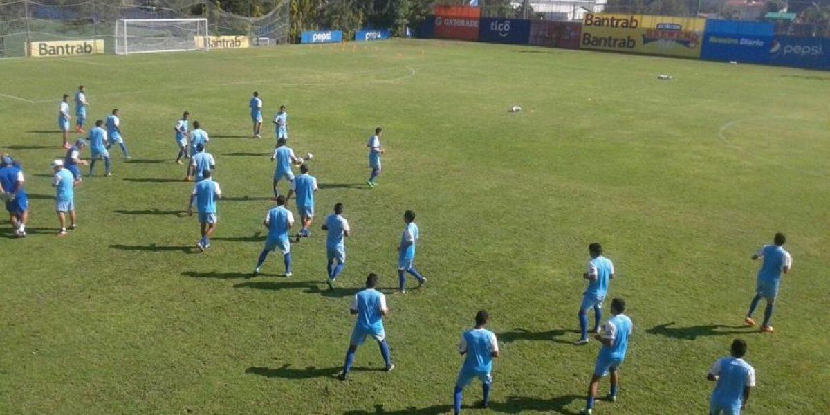 Guatemala desciende tres casillas en el ranking FIFA