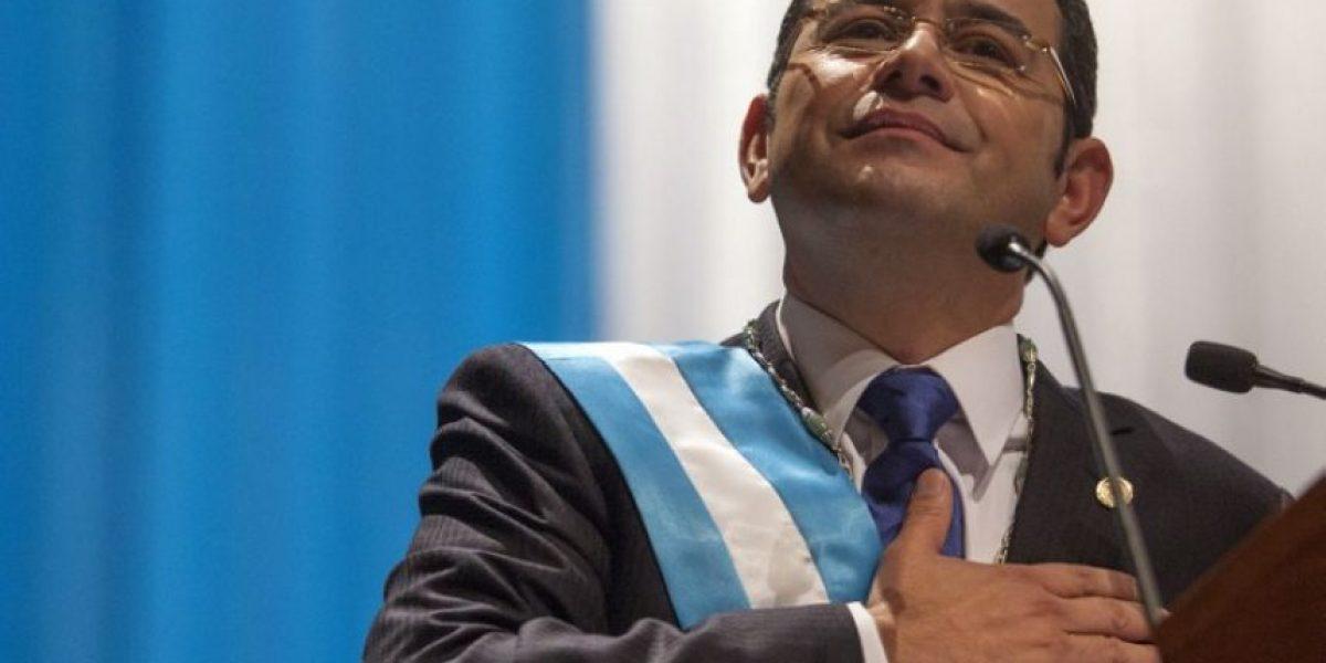 Guatemaltecos reaccionan ante tránsfugas que se suman al partido de Jimmy Morales