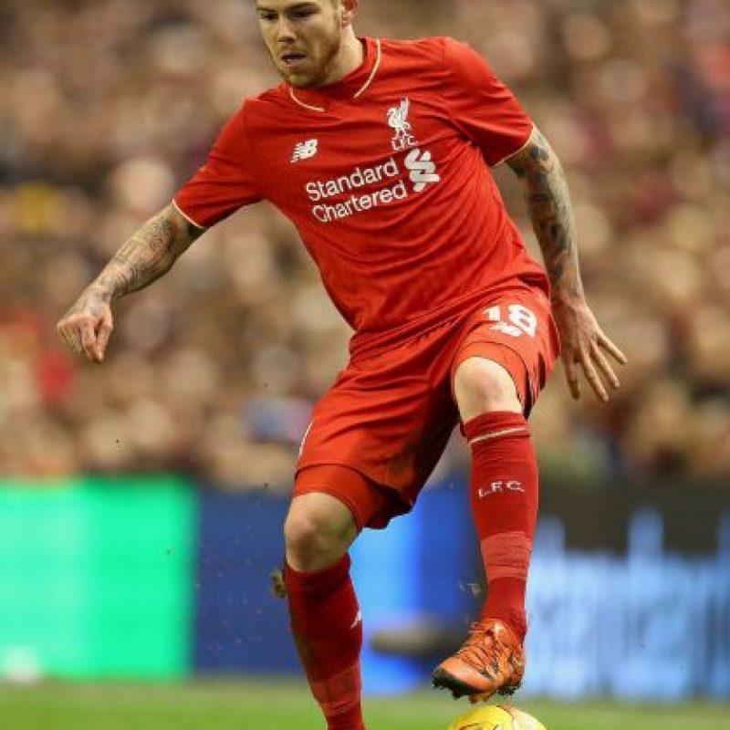 Tiene 23 años y sus buenas actuaciones con el Liverpool encendieron el radar del Real Madrid. Foto:Getty Images