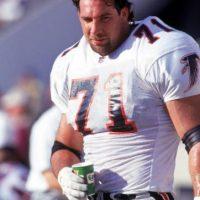 En 1995 firmó con los Atlanta Falcons, luego fue con los Carolina Panthers, pero fue cortado. Foto:Getty Images
