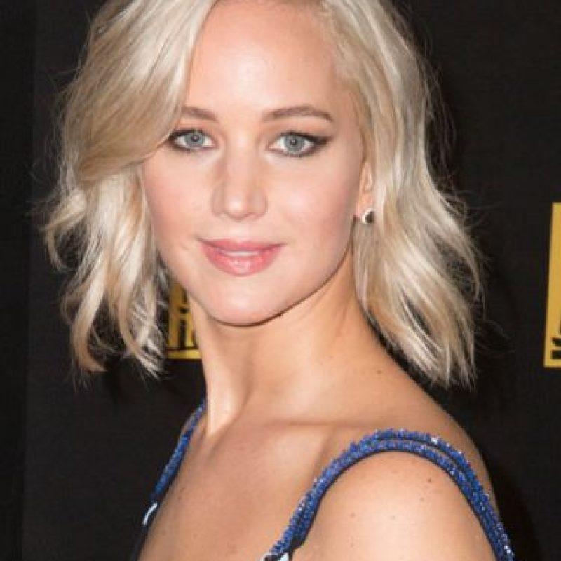 """A Jennifer Lawrence la cuestionaron sobre su peso. Ella dijo: """"Hay cosas más interesantes en la película que eso"""". Foto:vía Getty Images"""