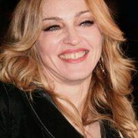 """Madonna, a pesar de que cerró el hueco que tenía en los dientes a comienzos de su carrera, sigue luciendo una sonrisa """"controversial"""". Foto:vía Getty Images"""