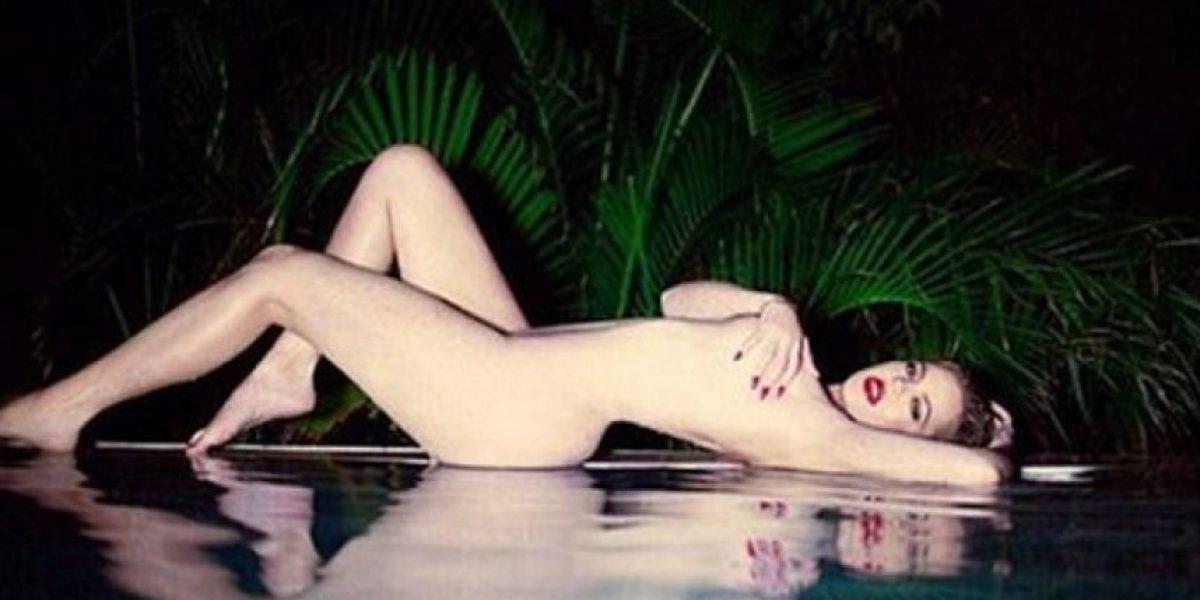 Khloé Kardashian posa desnuda tratando de imitar a Marilyn Monroe