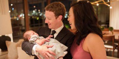 Primer evento formal en familia. Foto:Vía facebook.com/zuck