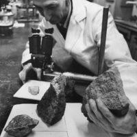 Sólo los grandes alcanzan la superficie para convertirse en meteoritos. Foto:Getty Images