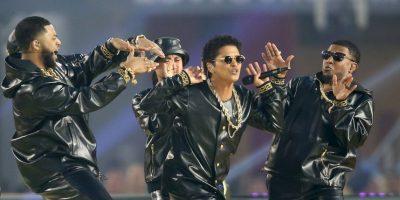 Bruno Mars fue el segundo en aparecer. Foto:Getty Images