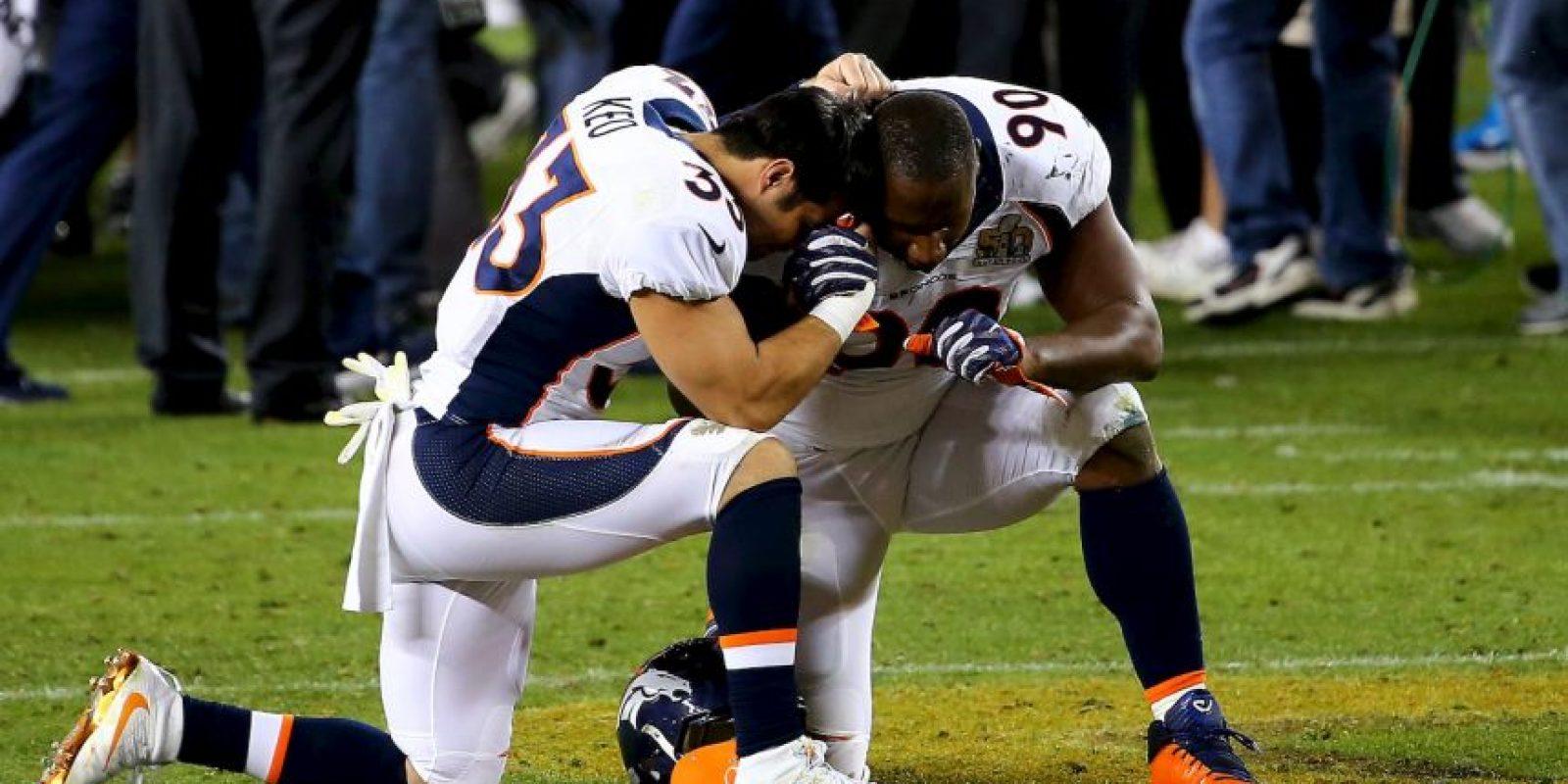Los Broncos de Denver vencieron 24-10 a las Panteras de Carolina. Foto:Getty Images