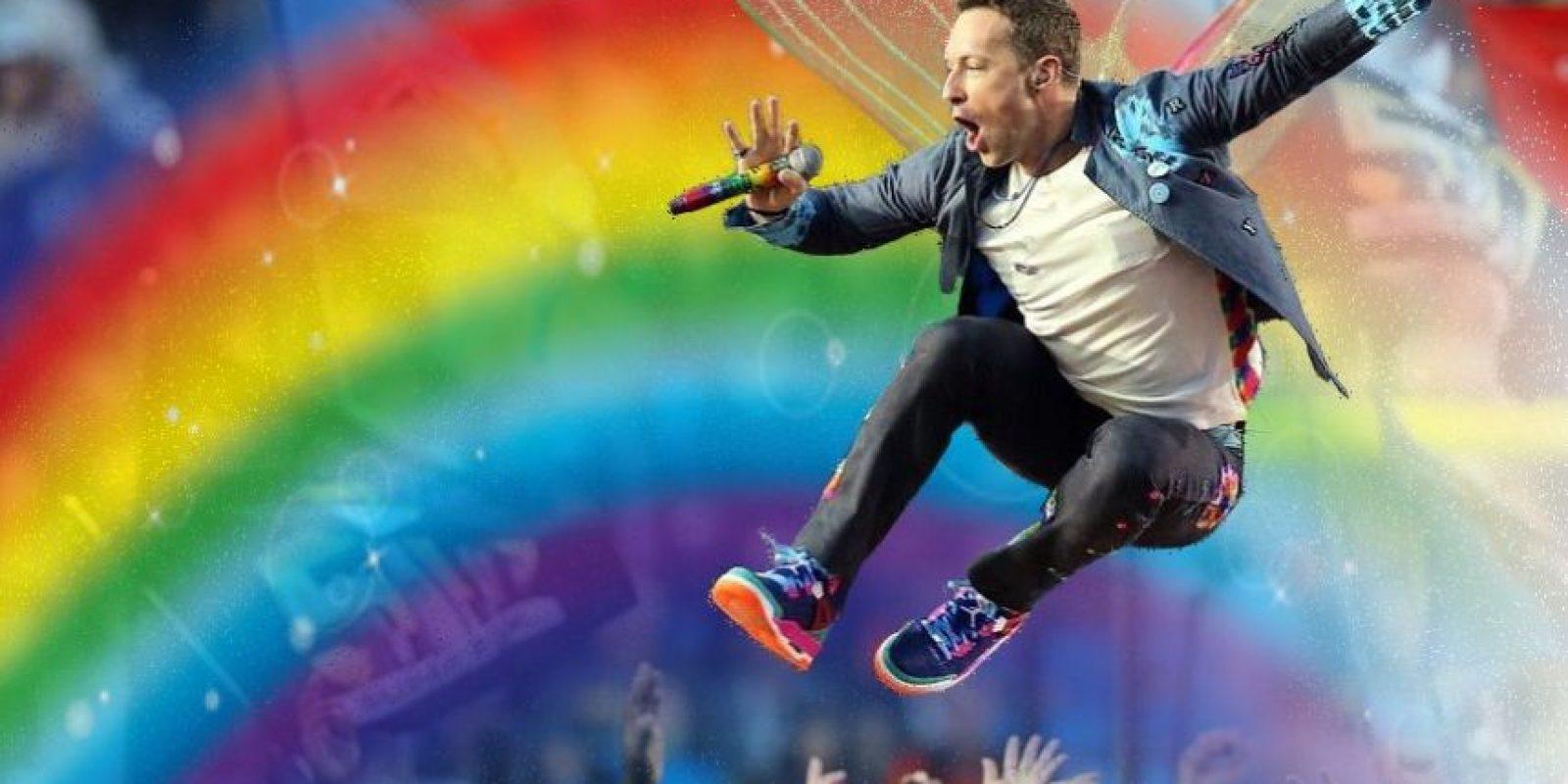 Con estas ediciones se burlaron de Chris Martin y su presentación en el show de medio tiempo del Super Bowl 50 Foto:Imgur / Reddit