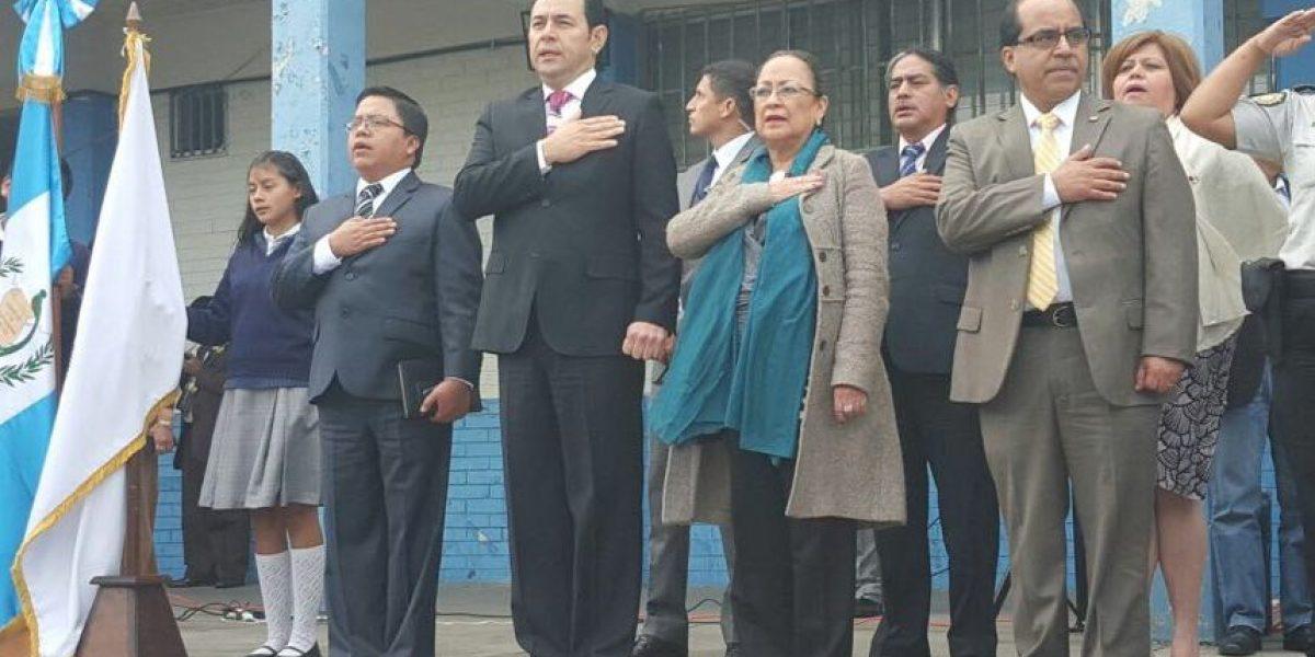 ¿Para qué visitó el presidente Jimmy Morales el Instituto Federico Mora?