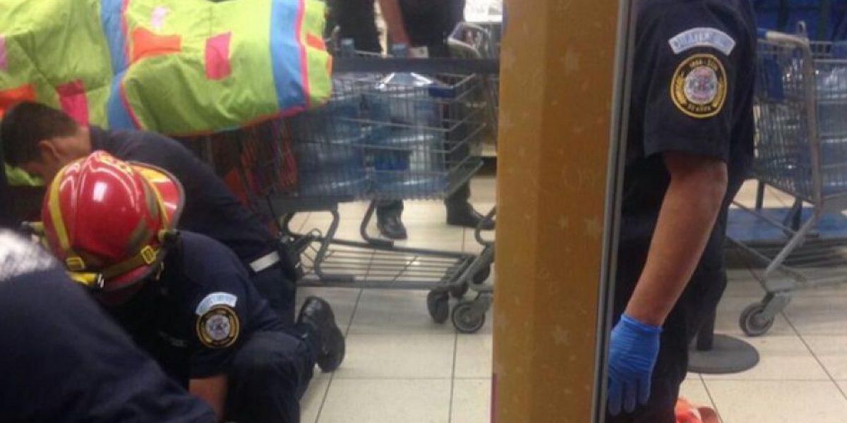 Asesinan a hombre en supermercado de la zona 13