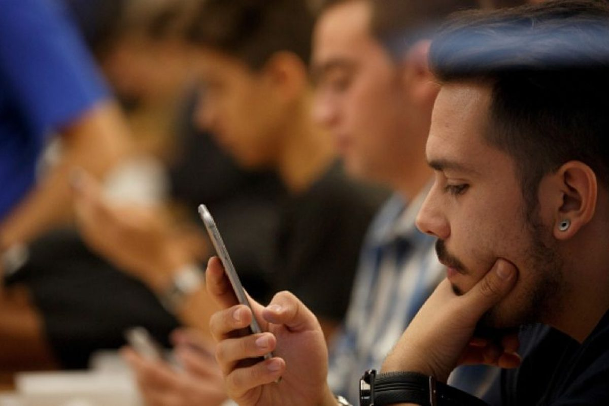 Comprueben su software de seguridad y la configuración para asegurar que no haya nada que esté impidiendo la conexión con los servidores de Apple. Foto:Getty Images