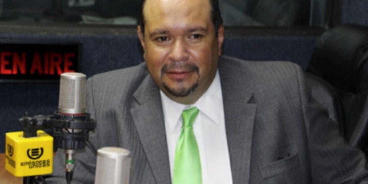 UNE denuncia de cohecho pasivo a jefe de bloque FCN-Nación