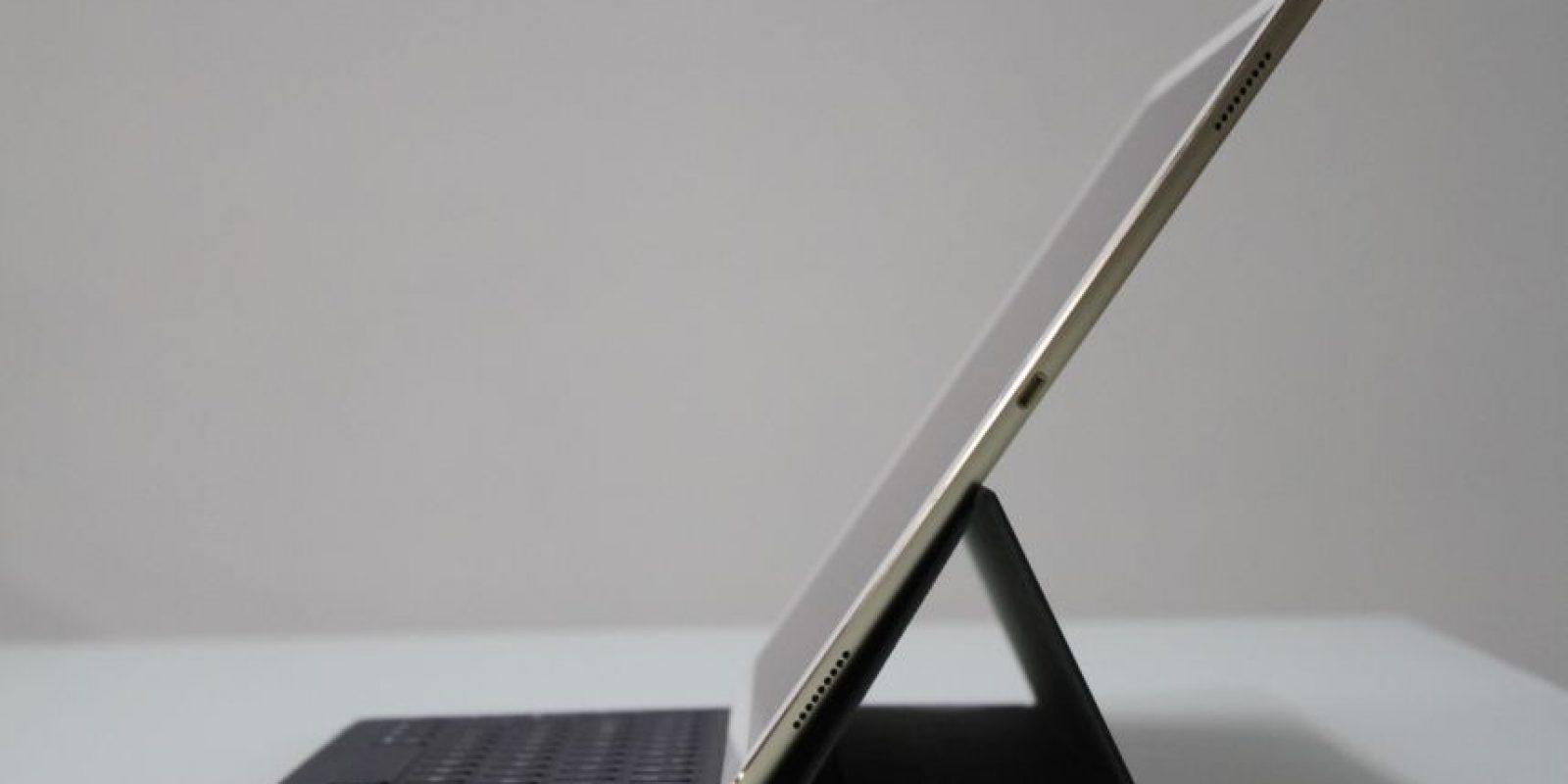 iPad Pro con el SmartKeyboard. Foto:Nicolás Corte