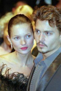 La dejó por Vanessa Paradis, a quien embarazó. Foto:vía Getty Images