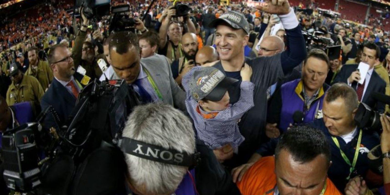 Peyton Manning se coronó por seguna ocasión en el Super Bowl Foto:Getty Images