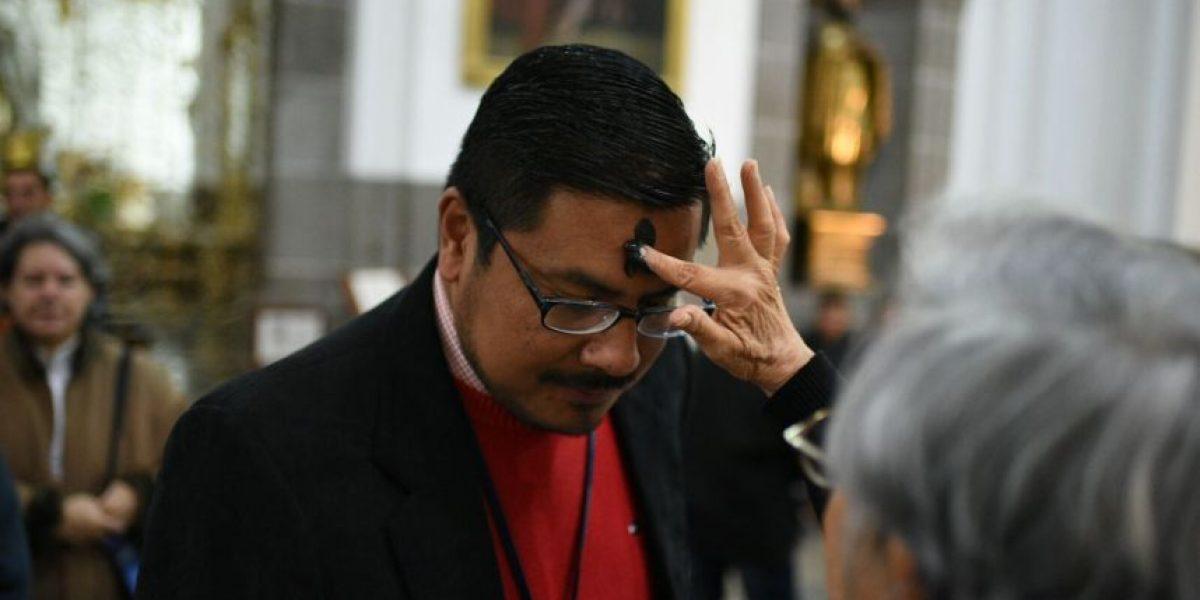 EN IMÁGENES. Católicos dan inicio a la Cuaresma con la imposición de la cruz de ceniza