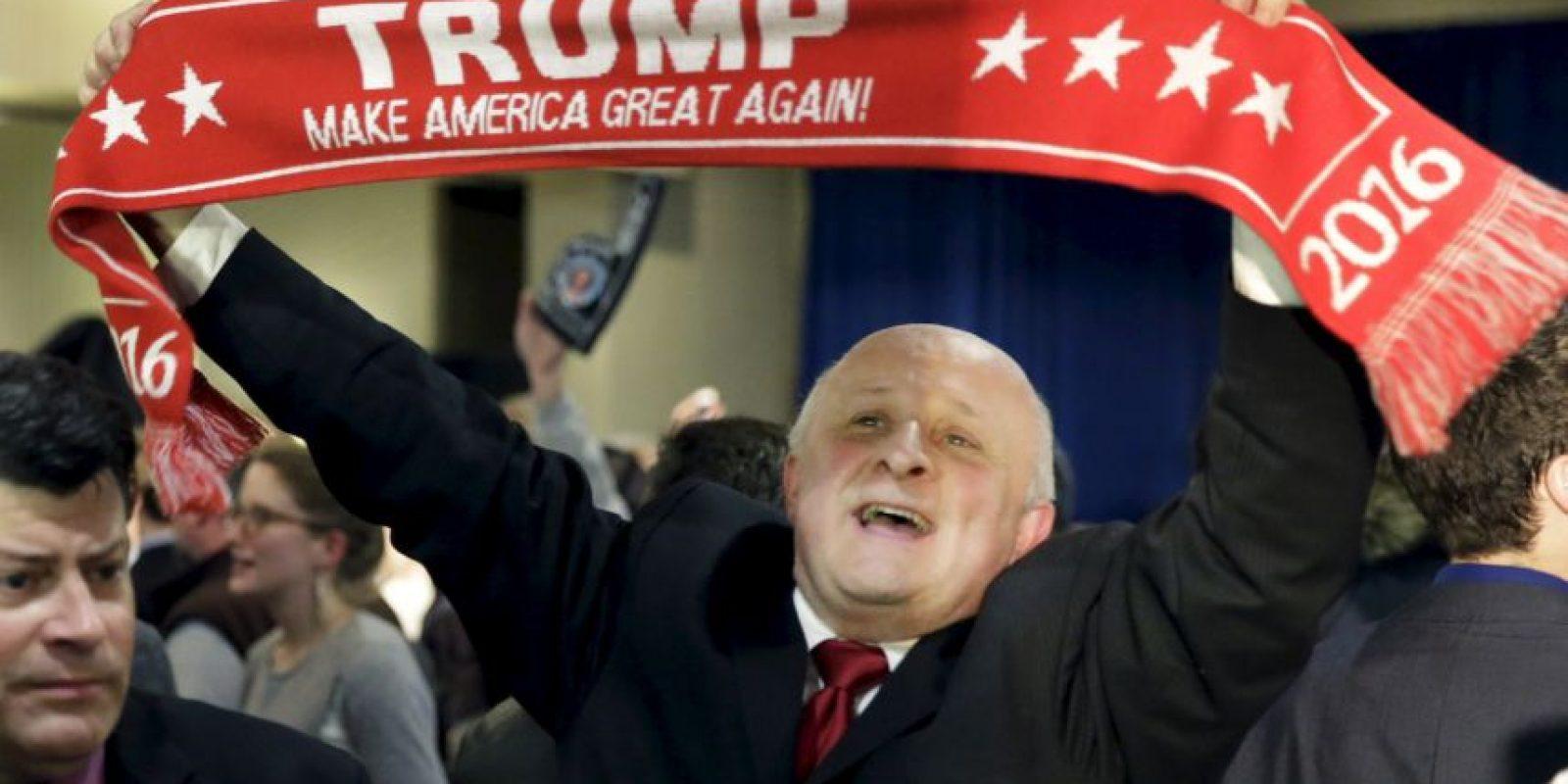 A pesar de las polémicas causadas durante sus campañas, Trump logró colocarse en la primera posición en las primarias en New Hampshire. Foto:AP