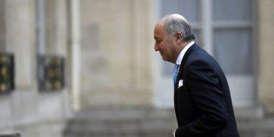 El ministro de Relaciones Exteriores de Francia, Laurent Fabius, acude a una reunión. Foto:AFP