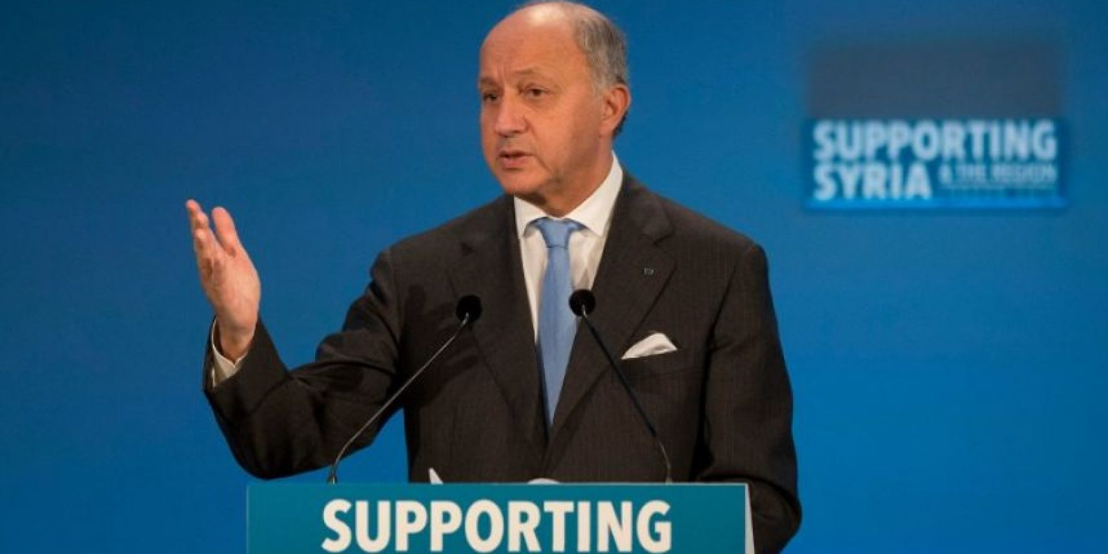 El ministro de Relaciones Exteriores de Francia, Laurent Fabius, durante un discurso sobre el apoyo a Siria. Foto:AFP