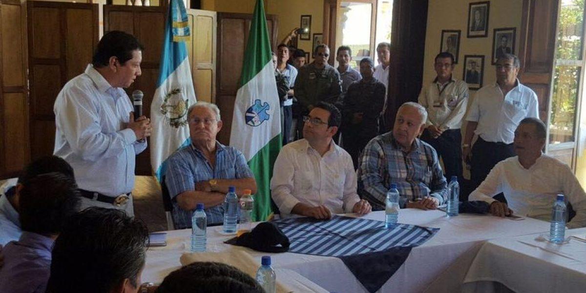 Transfuguismo aleja al presidente Jimmy Morales de su bancada
