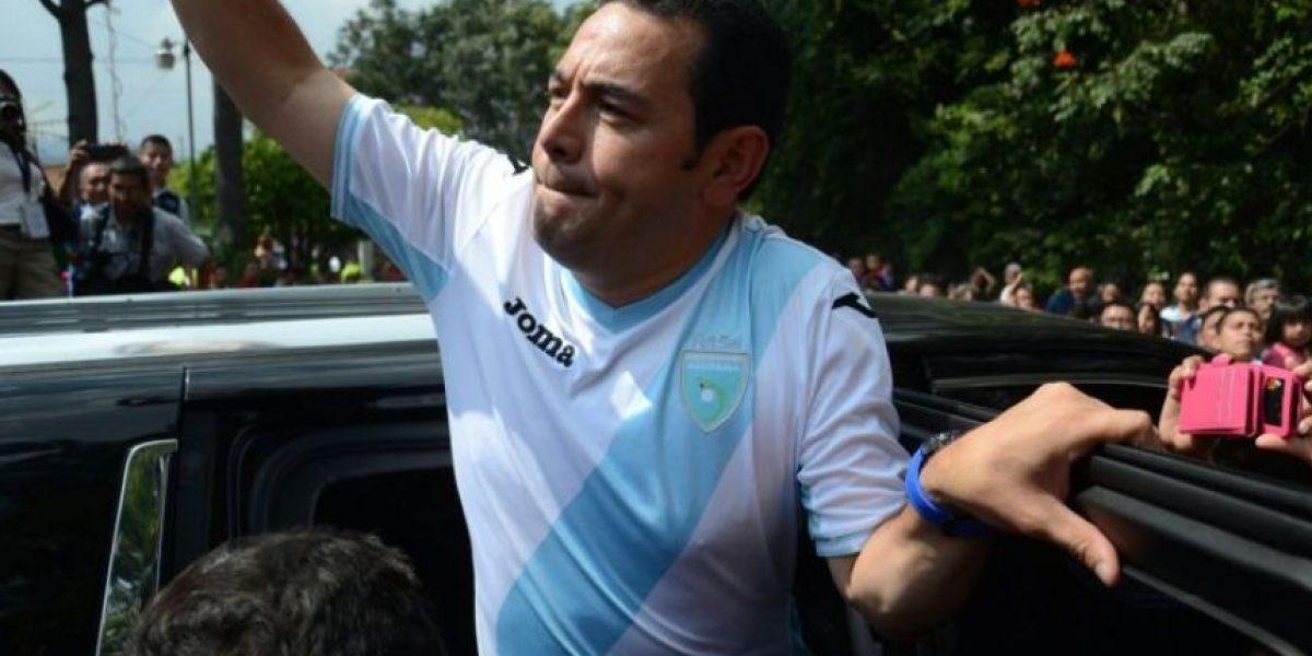 Jimmy Morales celebra gol de Jean Márquez contra Honduras