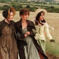 Que trataba de las peripecias de las cinco hermanas Bennett para conseguir un matrimonio ventajoso. Foto:vía StudioCanal